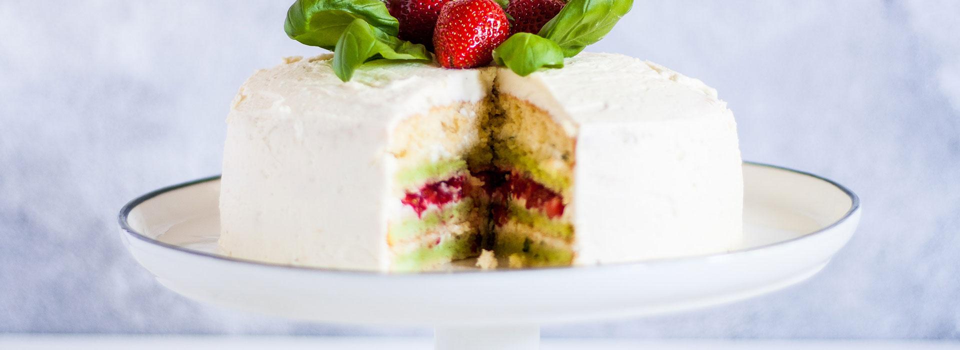 Basilikum-Erdbeer-Torte